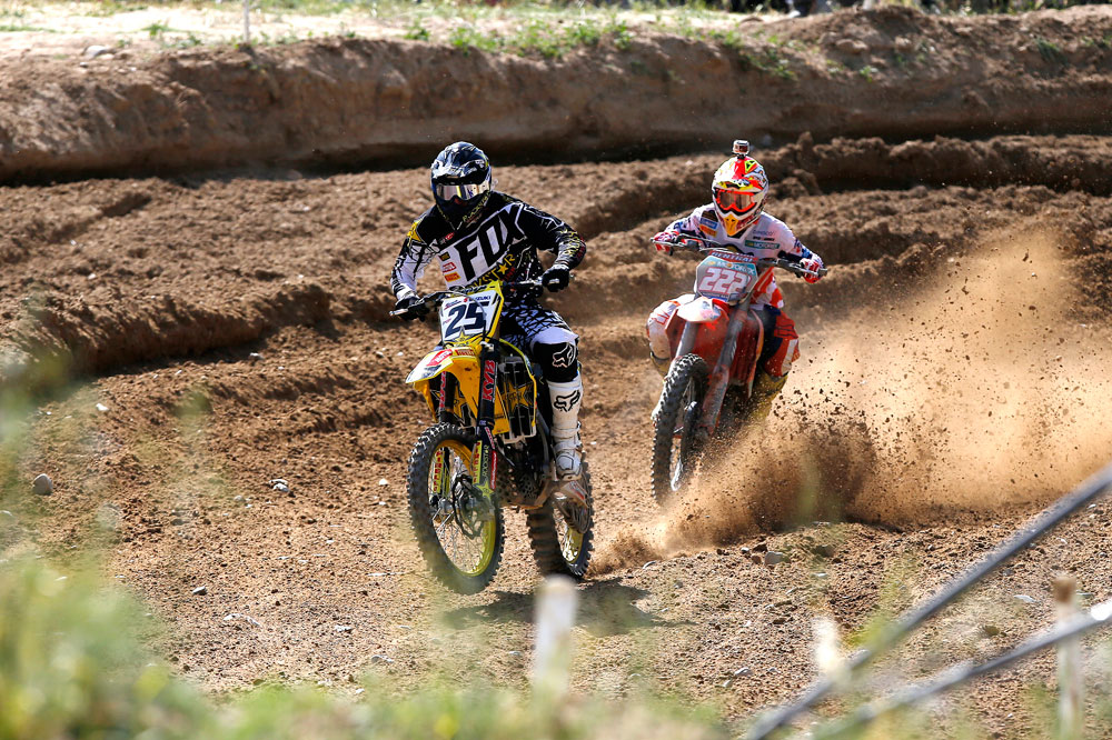 Clement Desalle conquista la  victoria en el MXGP de Talavera