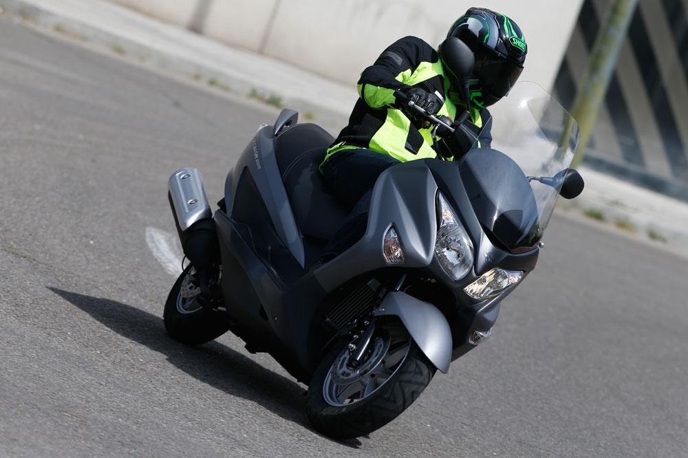 Suzuki Burgman 200. Prueba