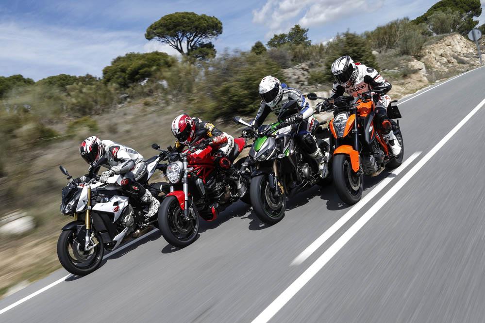 Comparativa naked: BMW, Ducati, Kawasaki y KTM