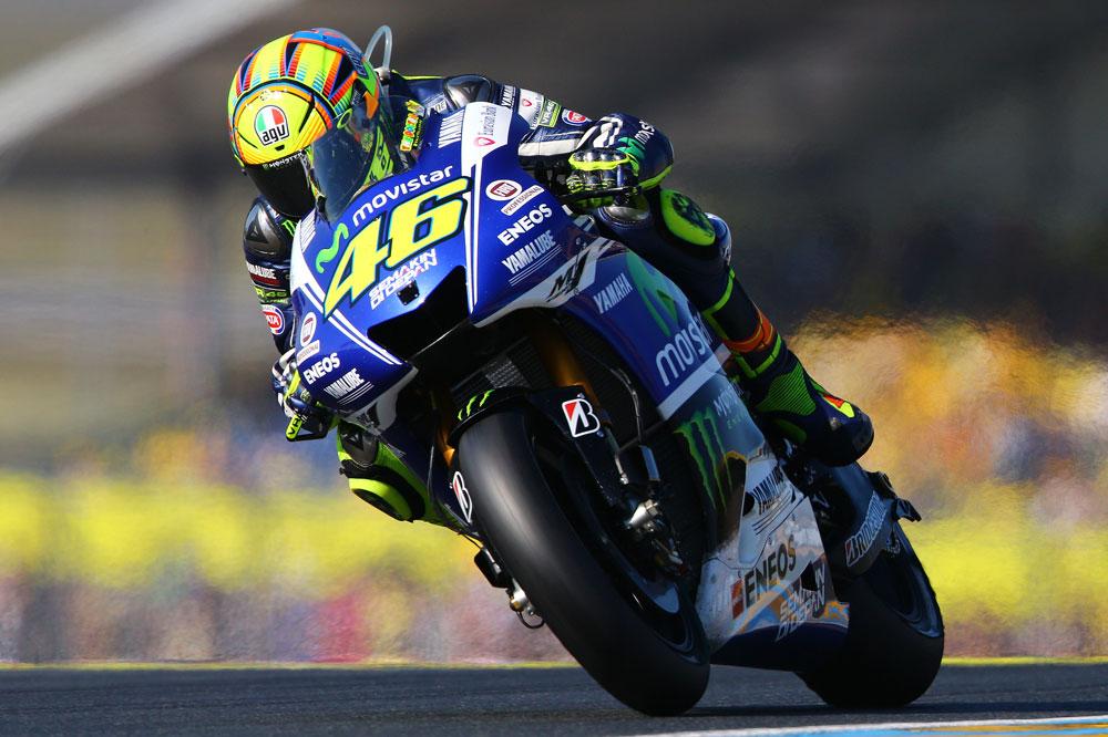 Valentino Rossi renueva con Yamaha por dos años
