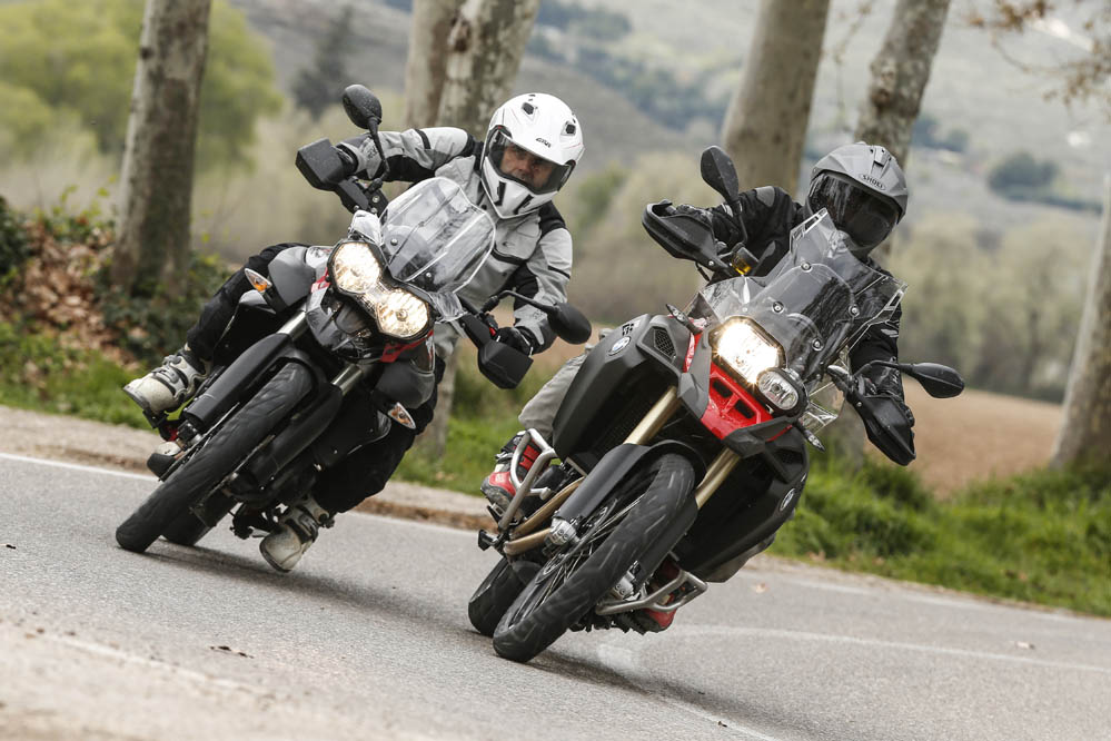 Comparativa trail: BMW F 800 GS Adventure vs Triumph Tiger 800 XC