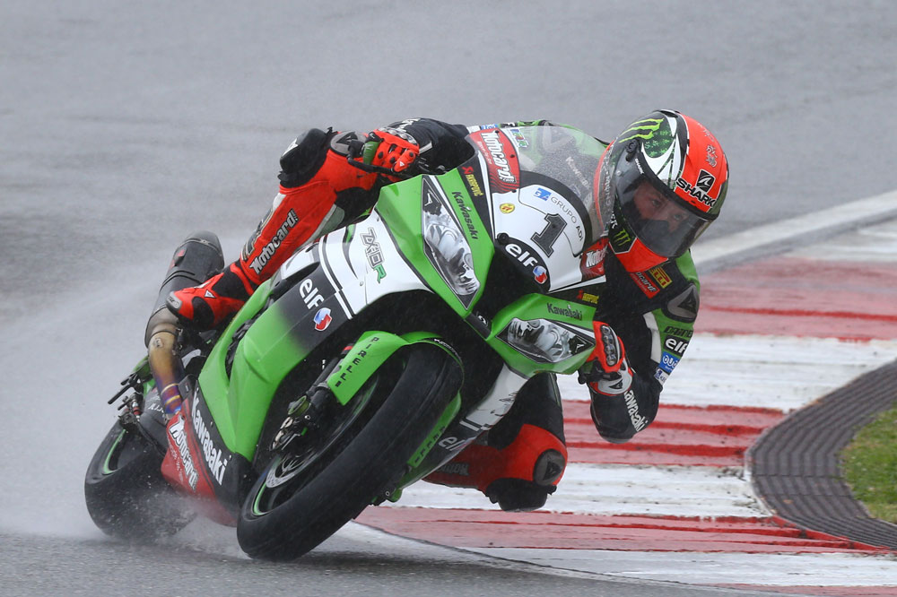 Tom Sykes suma y sigue