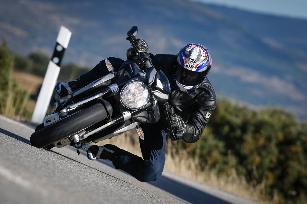 Motociclismo 2.418: contenidos de la revista