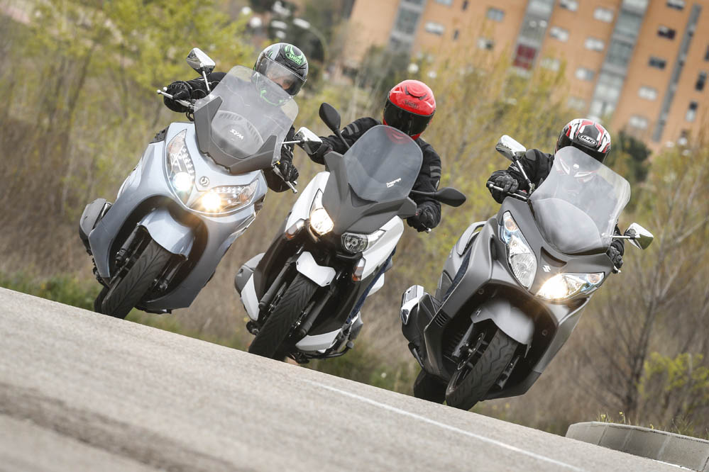 Comparativa scooter 400: Suzuki Burgman, SYM Maxsym y Yamaha X-Max