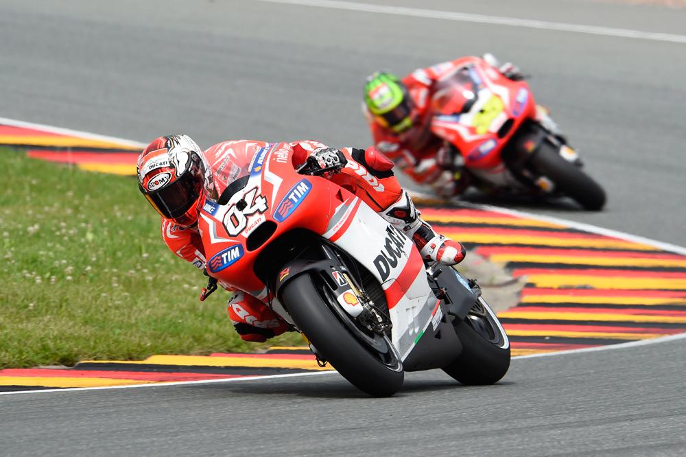 Andrea Dovizioso continuará en Ducati dos años más