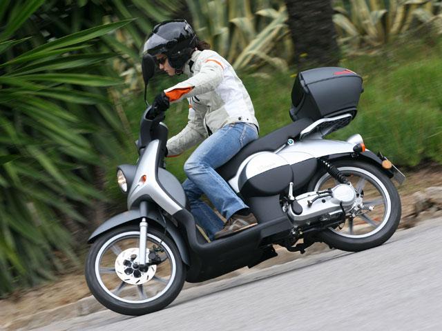 Campaña de información de ITV para ciclomotores