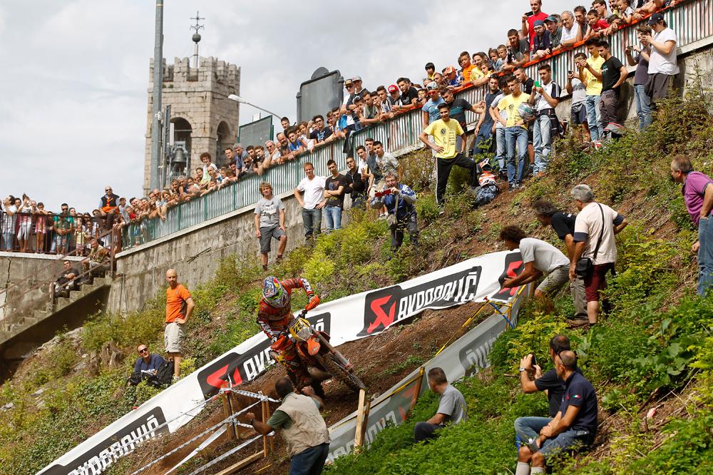 Iván Cervantes recupera sus opciones de título en Italia