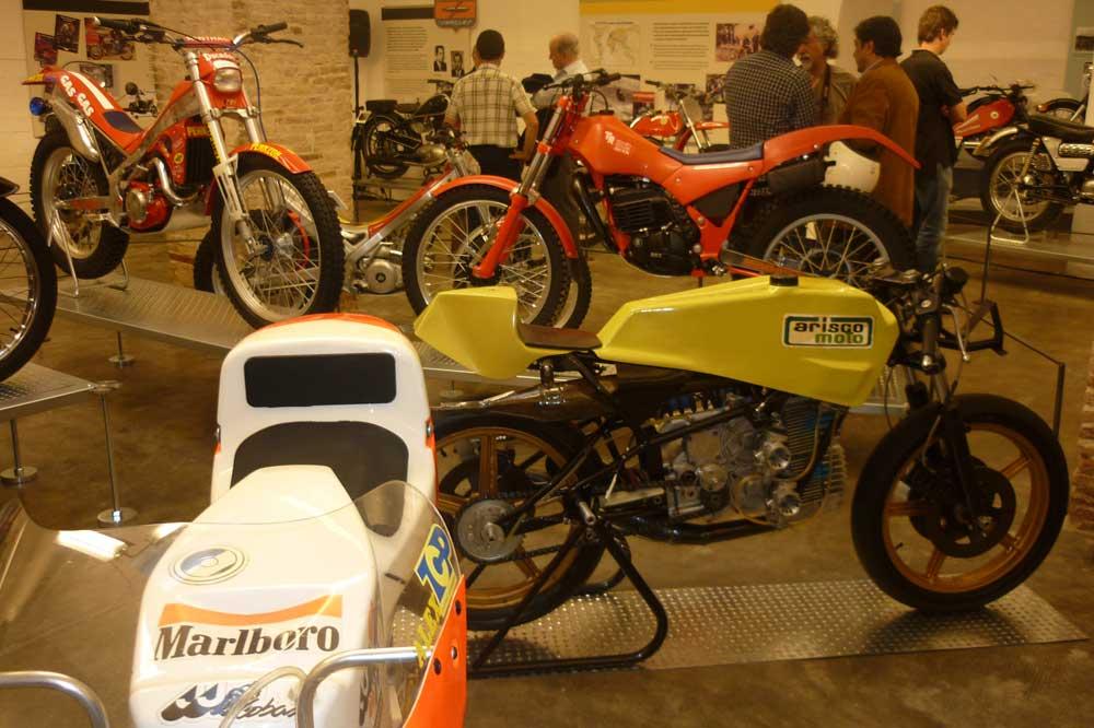 20% en tu visita del Museo de la Moto