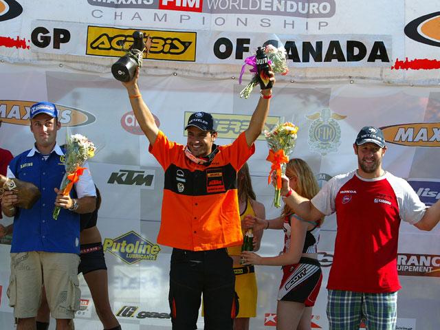 Cervantes (KTM), doble victoria y liderato