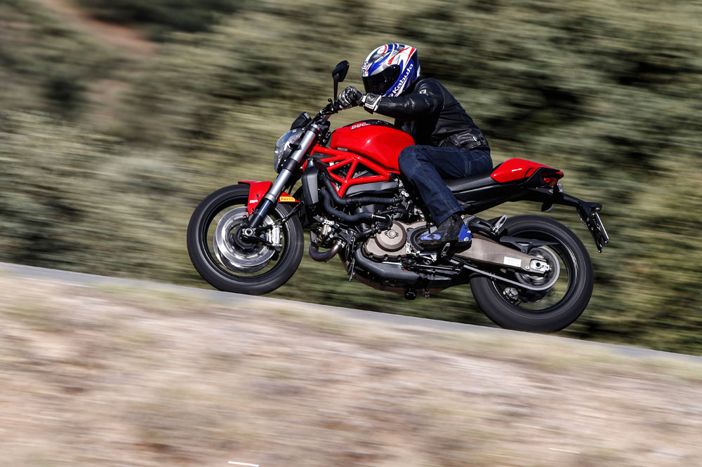 Motociclismo 2.424: Contenidos de la revista