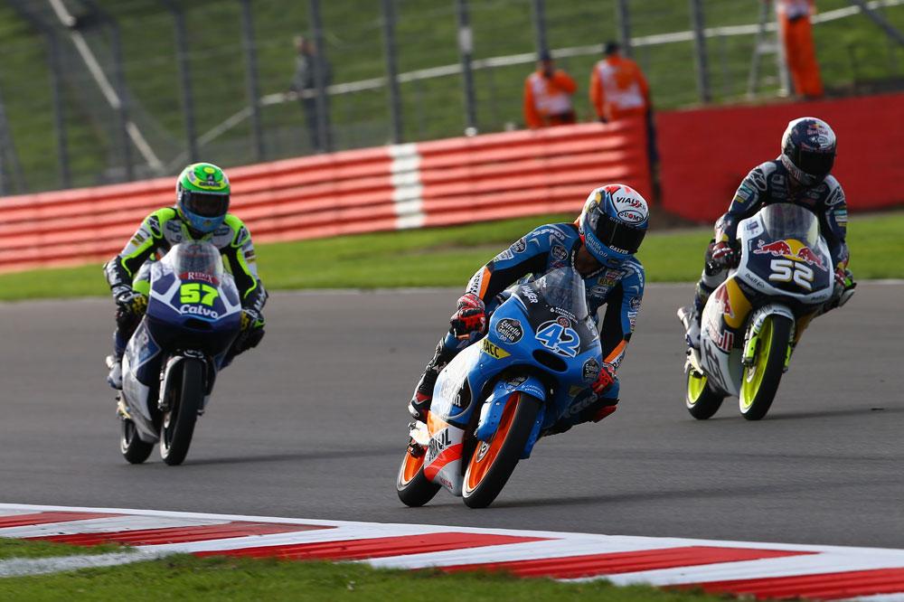 Rins toma el mando en los terceros libres de Moto3