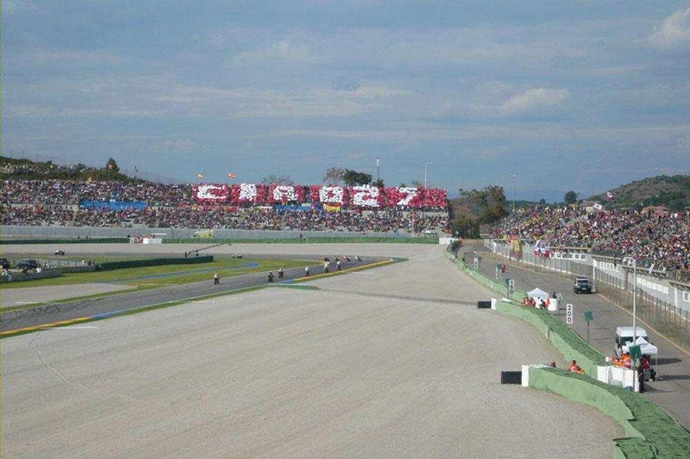 Tribuna Ducati Cheste 2014