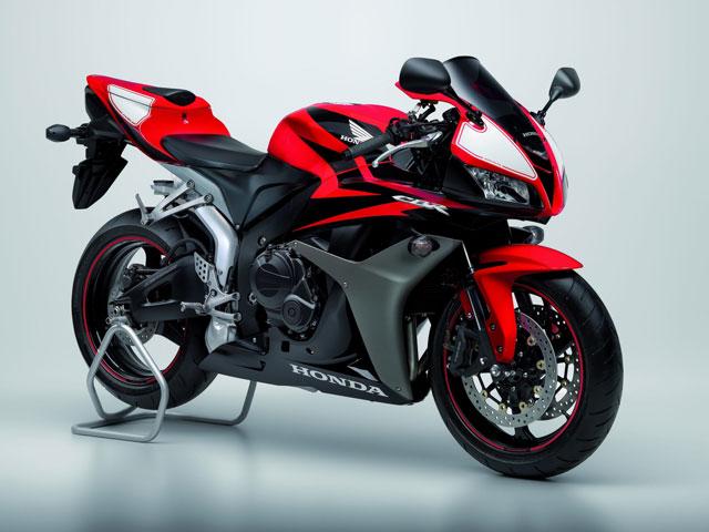 Haz de tu Honda CBR600RR una moto más racing