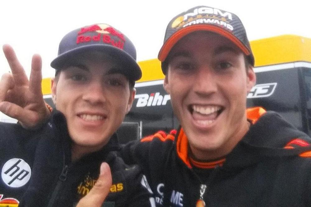 Aleix Espargaró y Maverick Viñales con Suzuki en 2015