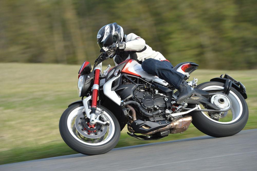 Motociclismo 2.434: Contenidos de la revista