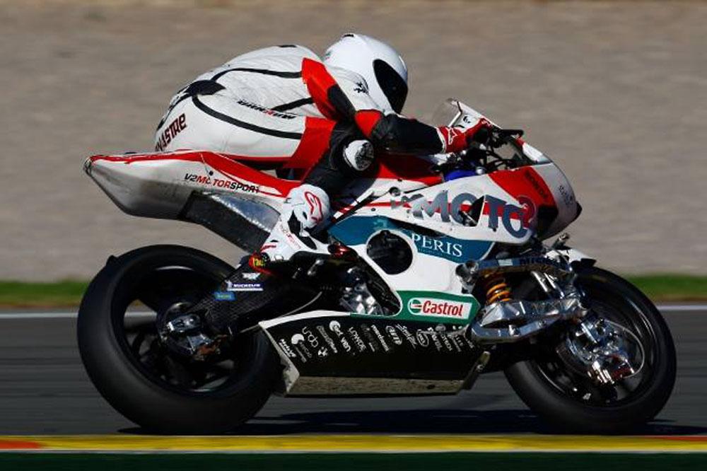 La Moto2 avanza en Valencia