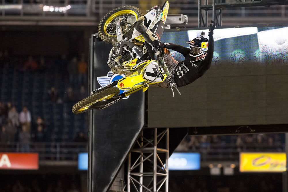James Stewart, suspendido por dopaje