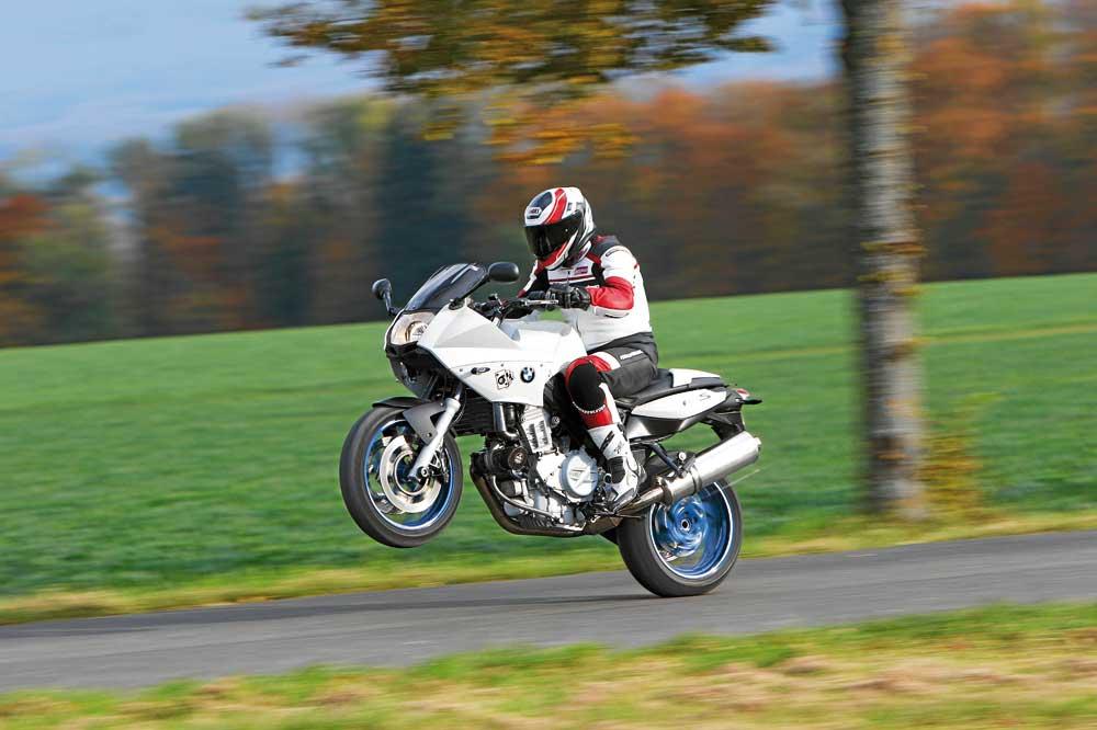 Motociclismo 2.443: Contenidos de la revista