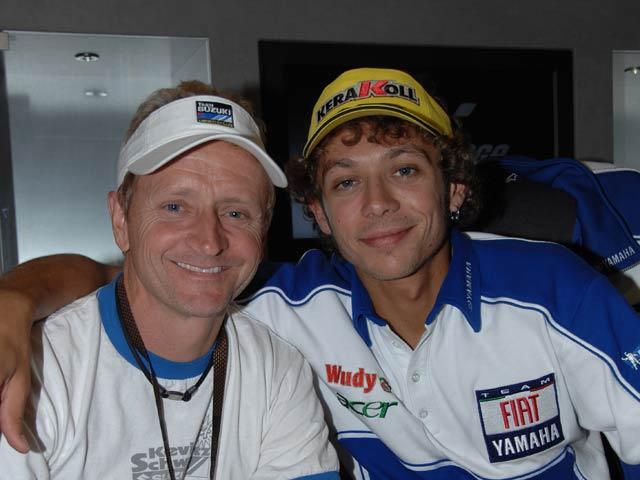Kevin Schwantz entrevista a Valentino Rossi
