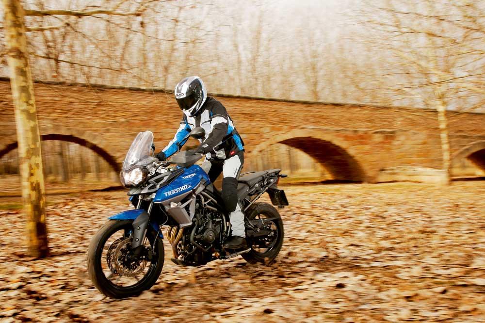 Motociclismo 2448: Contenidos de la revista