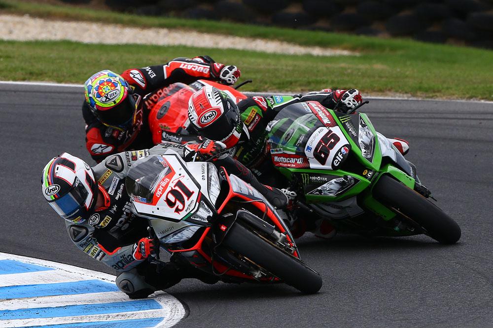 Rea y Haslam se reparten las primeras victorias en Superbike en Phillip Island