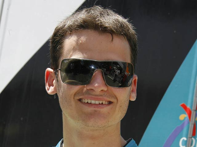 Sergio Gadea renueva con el Bancaja Aspar Team