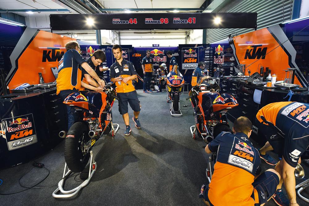 Avanza la KTM de MotoGP