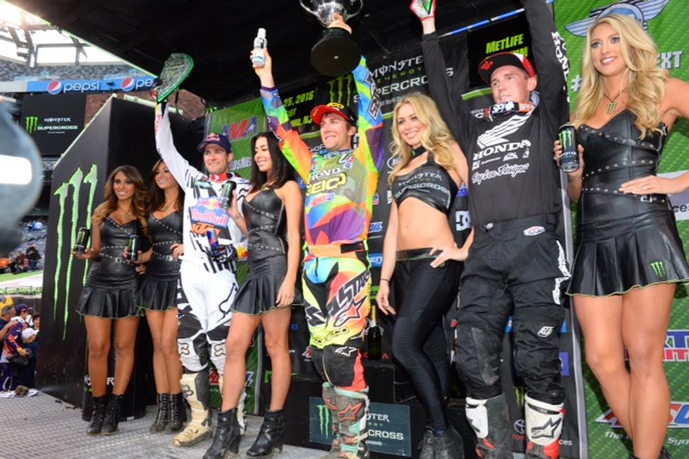 Tomac gana la penúltima prueba del AMA de Supercross