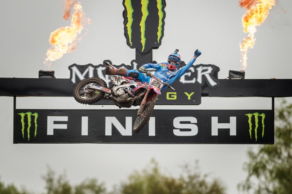 Gautier Paulin y Honda ganan su primer MXGP de la temporada