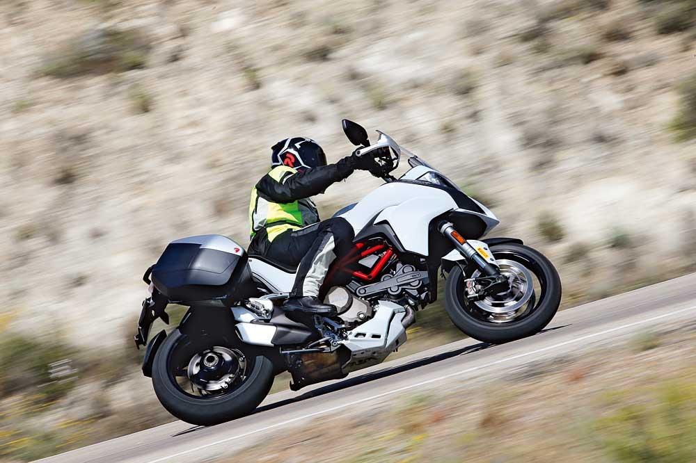 Motociclismo 2463: Contenidos de la revista