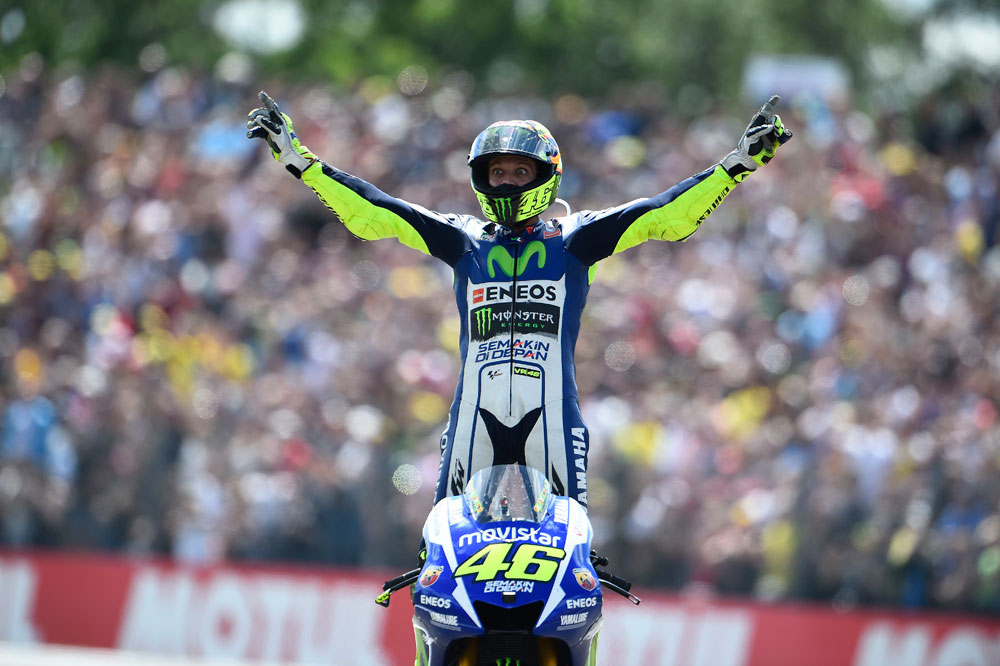 Valentino Rossi: Tuve suerte de poder controlar la moto en la grava
