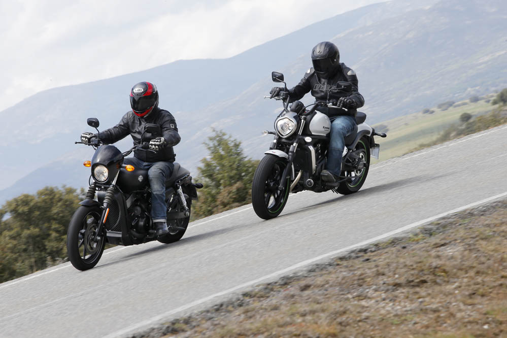 Comparativa Custom: Harley Davidson Street 750-Kawasaki Vulcan S