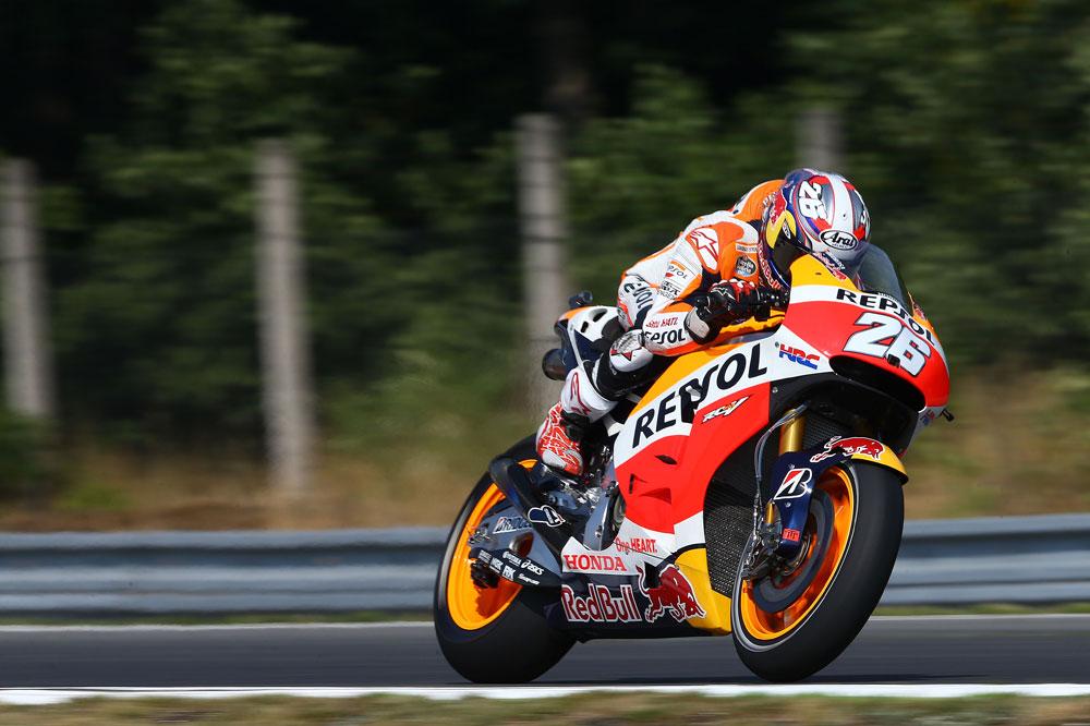 Un fallo en la horquilla de su moto provoca una fuerte caída a Dani Pedrosa