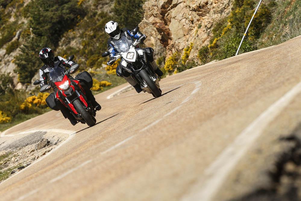 Comparativa: Ducati Hyperstrada y MV Agusta Stradale 800