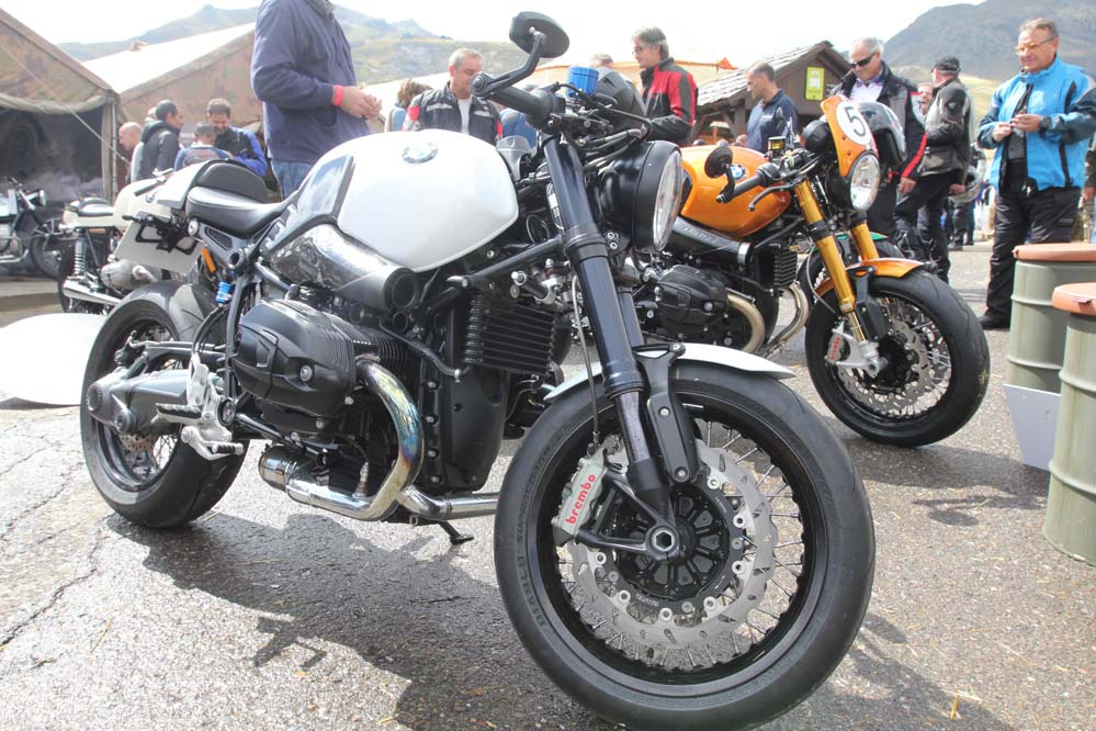 Gran éxito de los BMW Motorrad Days en Formigal