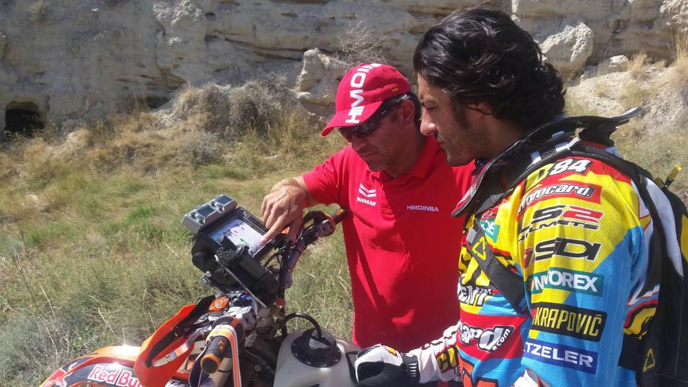Iván Cervantes prueba su KTM de Rally en Marruecos