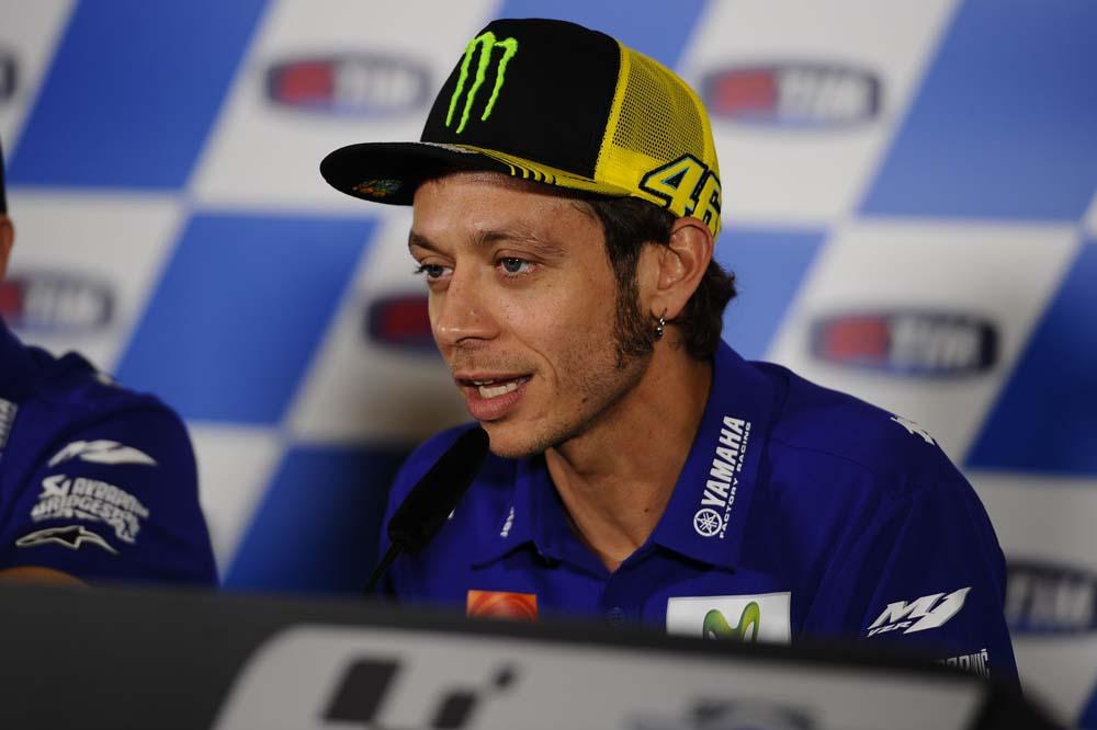 Valentino Rossi: No sé si me hace feliz la previsión de que llueva el domingo