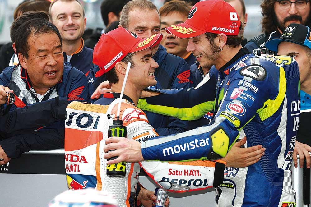 Rossi: Cuando Pedrosa me cogió, me preocupé pues sabía que no podría con él y pensé que tampoco con Lorenzo