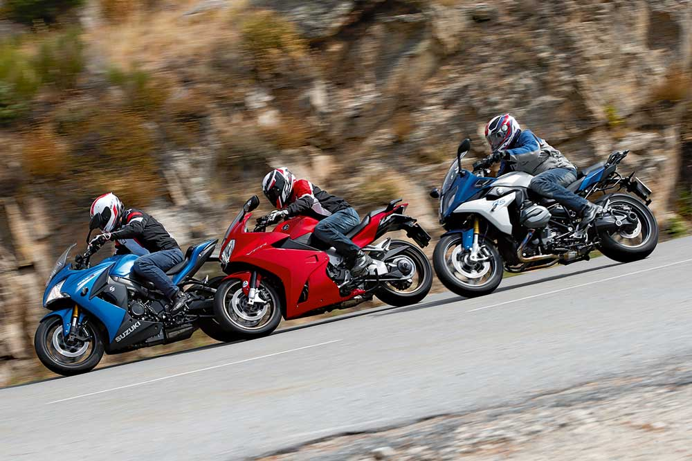 Comparativa sport-turismo: BMW, Honda y Suzuki