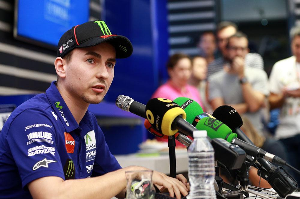 Jorge Lorenzo: Solo me arrepiento del gesto que hice en el podio de Malasia