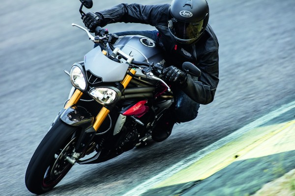 Nuevas Triumph Speed Triple S y Speed Triple R 2016