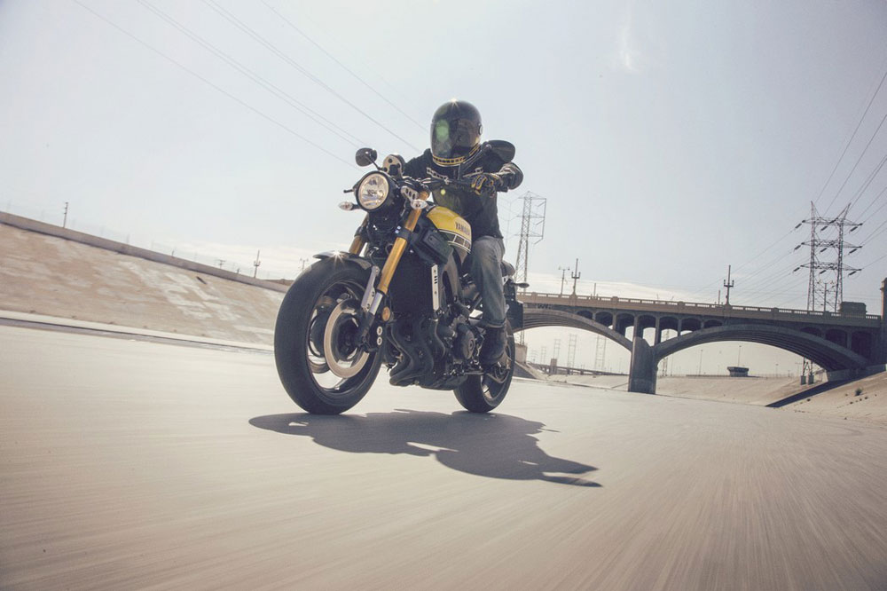 La Yamaha XSR900 sorprende en Milán