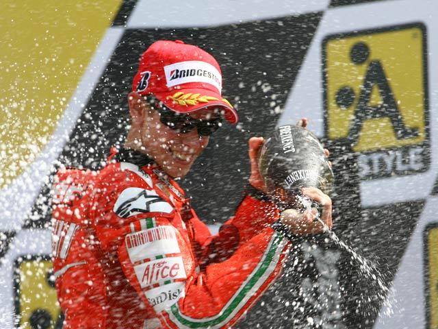 ¿Qué necesita Casey Stoner para ser campeón en Estoril?