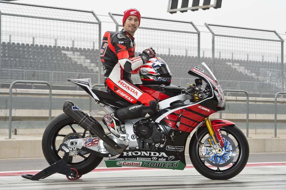 Nicky Hayden comienza los test de Superbike
