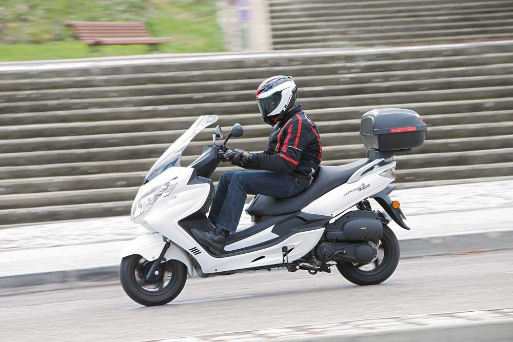 Riya Motorcycle Adonis 125 2015 Precios Y Ficha T 233 Cnica