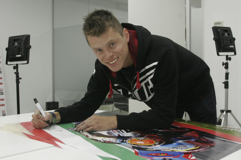 ¡Consigue un póster firmado por Tito Rabat!