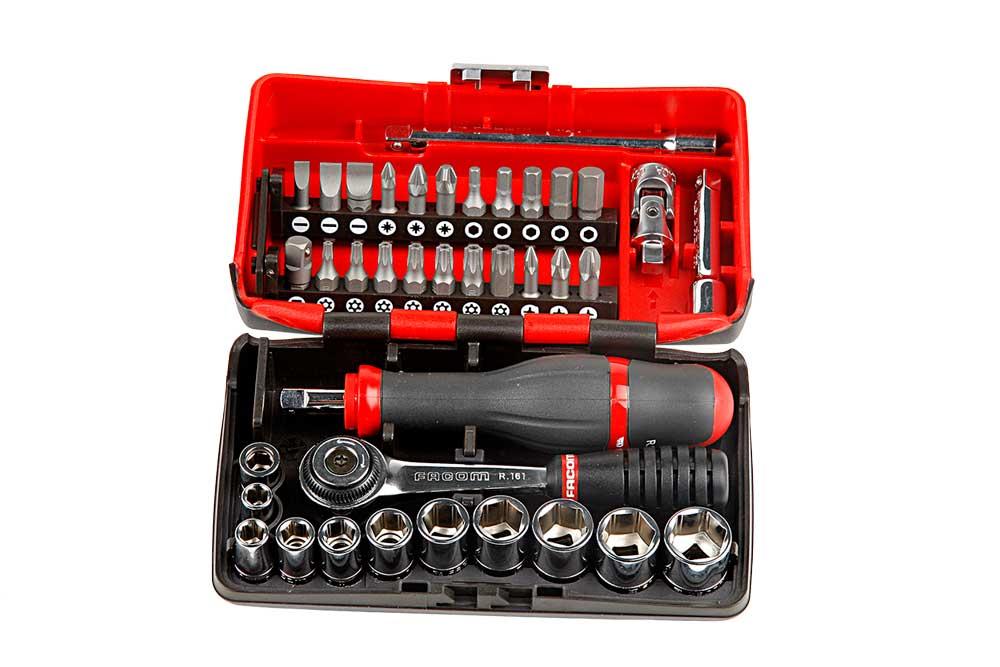 Caja de herramientas para la moto
