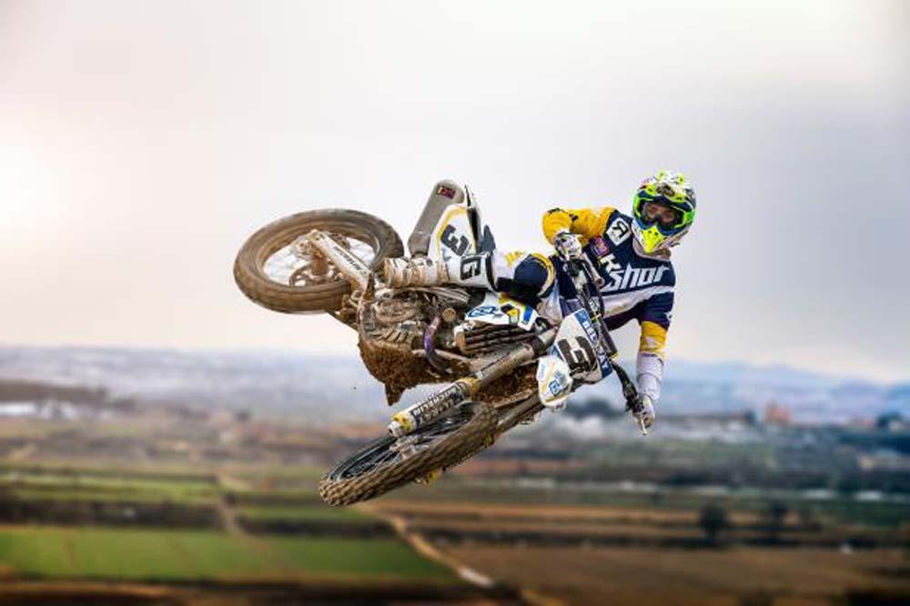 Husqvarna presenta su equipo de Motocross para 2016