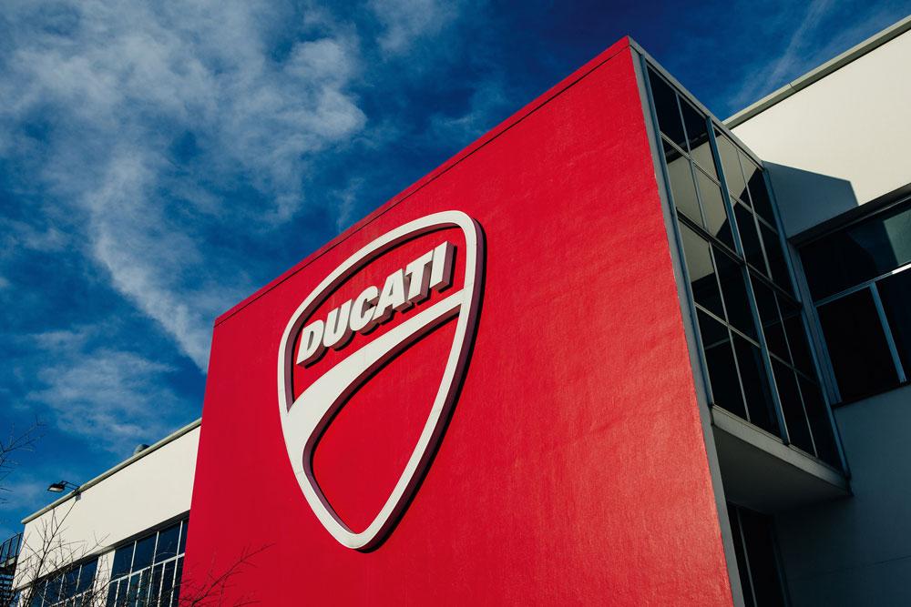 Ducati consigue récord de ventas en 2015
