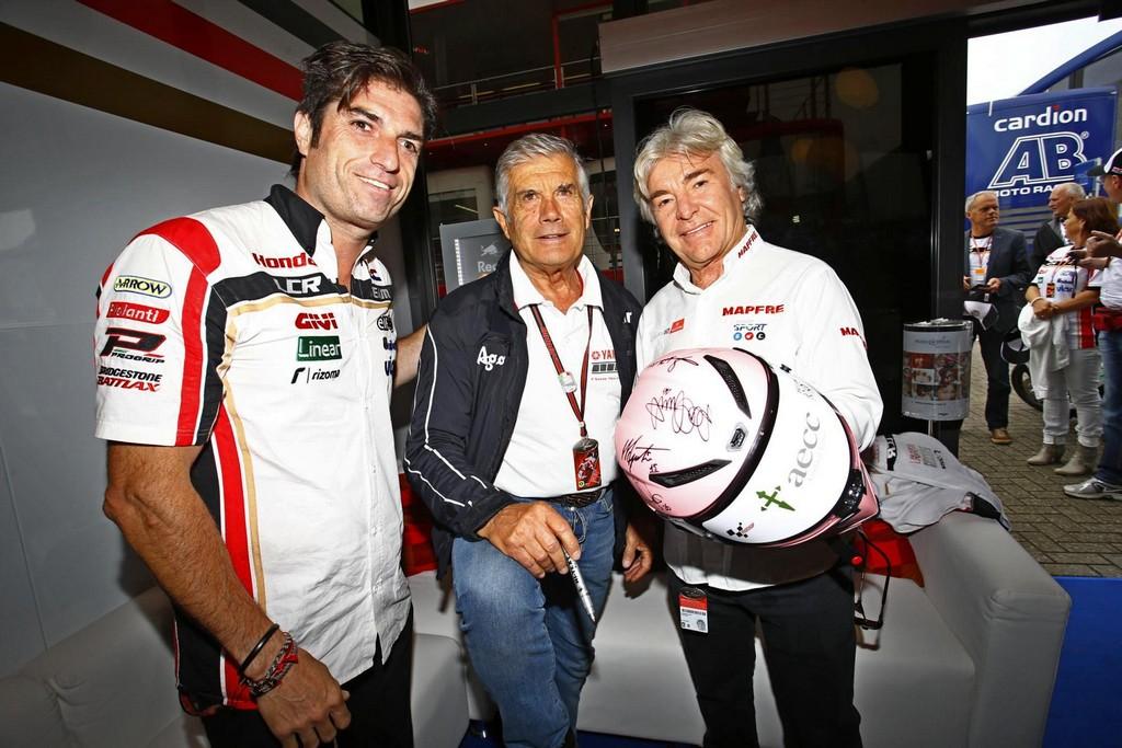 MotoGP en su lucha contra el cáncer